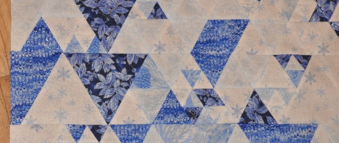 Play Craft's Equal – Top finished!  Quilting?
